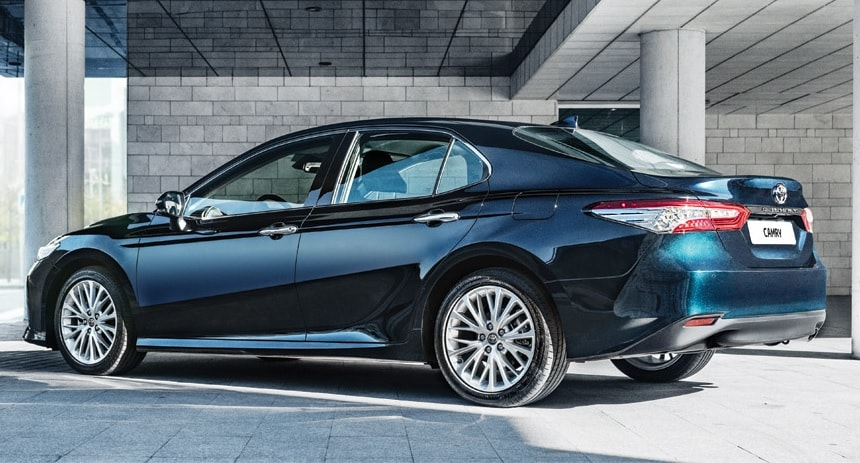 Toyota Camry 2019-2020 фото
